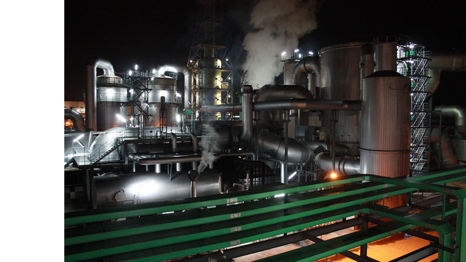 美丽的工厂夜景.jpg